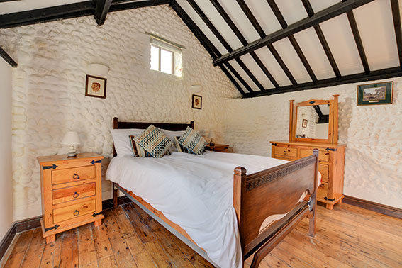 Photo of Pilgrims Chase bedroom 1, view 1