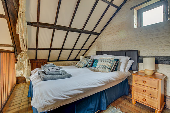Pilgrims Prospect - bedroom 1, view 1