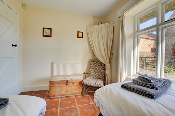 Photo of Pilgrims Cottage bedroom 2