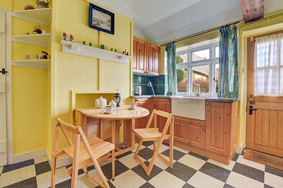 Photo of Pilgrims Cottage kitchen, view 1