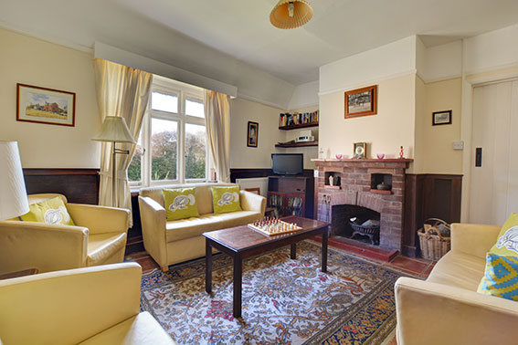 Photo of Pilgrims Cottage sitting room